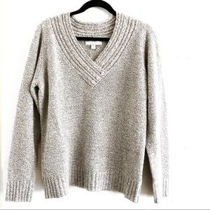 Carolyn Taylor Gray Sweater Size Large